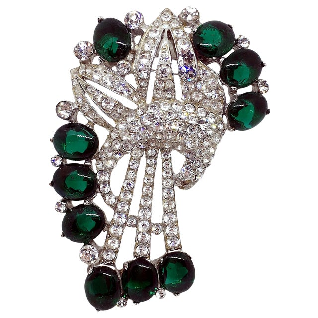 1930s Coro Emerald Green Cabochon & Rhinestone Brooch/Clip For Sale
