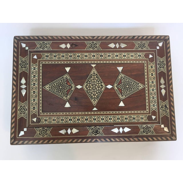 Early 20th Century Large Islamic Syrian Wooden Micro Mosaic Box For Sale - Image 5 of 13