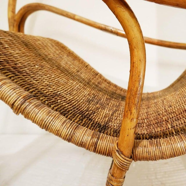 Rattan and Wicker Circle Rocking Chair, 1960s For Sale - Image 4 of 7