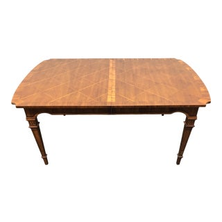 Mid-Century Italian Provincial Neo-Classical Walnut Dining Table For Sale