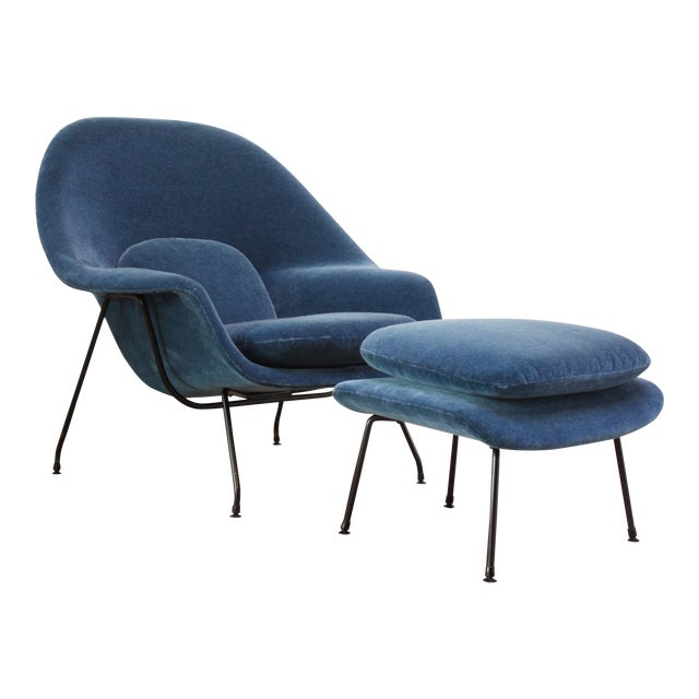1950s Early Production Eero Saarinen for Knoll Womb Chair and Ottoman - a Pair For Sale