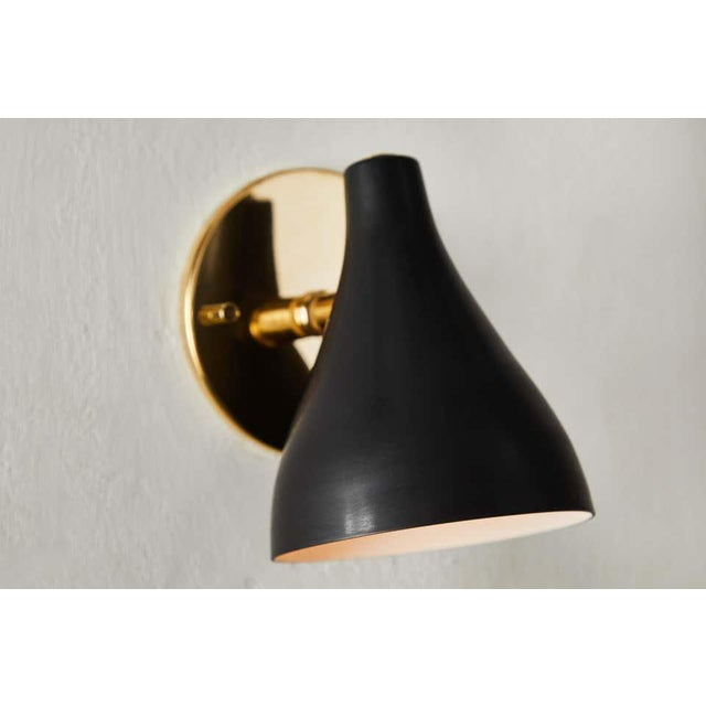 Gino Sarfatti Model #26b Sconces for Arteluce - a Pair For Sale In Los Angeles - Image 6 of 10
