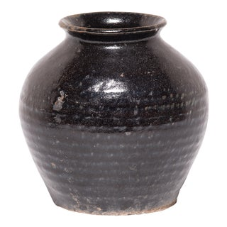 Early 20th Century Chinese Apothecary Wine Jars For Sale