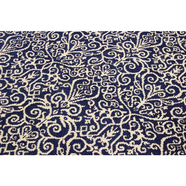 Silk Cryena Modern Tiffiny Blue/Ivory Wool Rug - 5'2 X 7'2 For Sale - Image 7 of 8