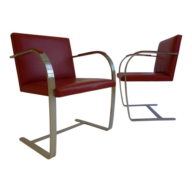 Vintage Pair of Knoll Brno Chairs in Red Leather For Sale
