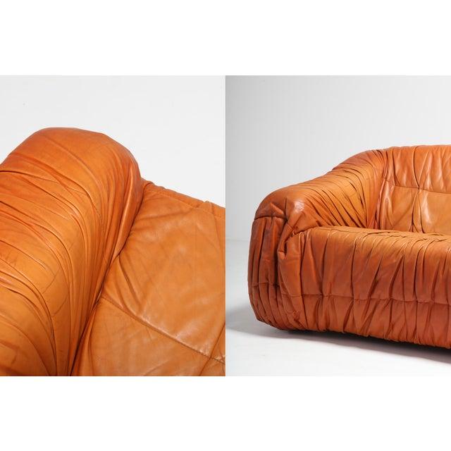 1970s Postmodern Cognac Leather 'Piumino' Sofa by De Pas, D'urbino & Lomazzi For Sale - Image 5 of 8