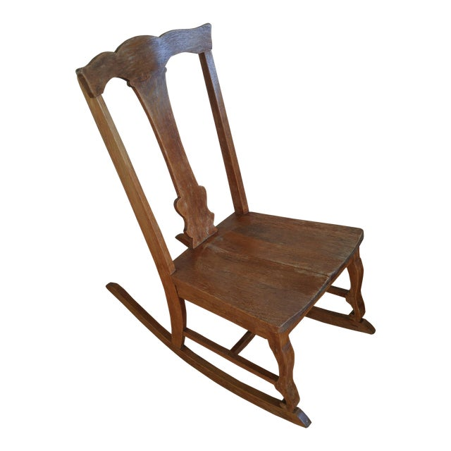 Late 19th Century Antique Queen Anne Fiddle Back Rocking Chair