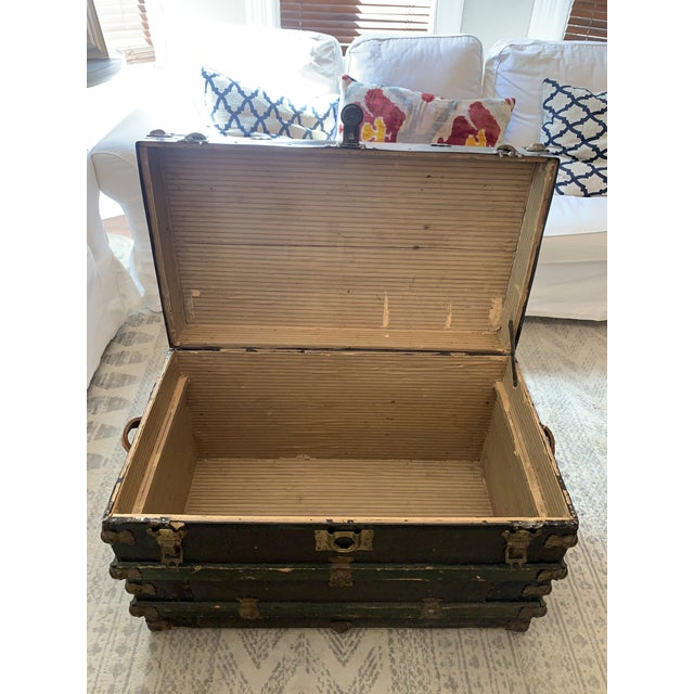 Antique Endebrock Trunk Co Dark Green Railway Travel Trunk With Brass For Sale In Denver - Image 6 of 13