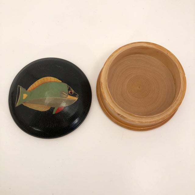 Late 20th Century Hand-Painted Fish Round Wooden Trinket Box For Sale - Image 4 of 13