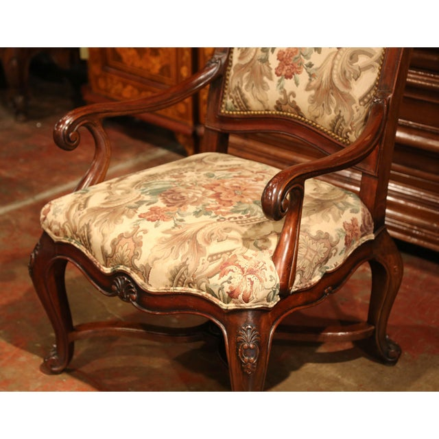 French Carved Walnut and Fruitwood Dining Chairs and Armchairs - Set of 8 For Sale In Dallas - Image 6 of 13