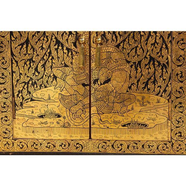Gold Pair of Thai Manuscript Cabinets of Lacquer and Gold Leaf, 20th Century For Sale - Image 8 of 13