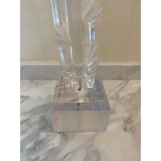 Vintage 1970s Lucite Sculpture on Stand For Sale In New Orleans - Image 6 of 7