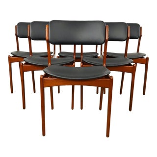 Set of 6 Erik Buch Dining Chairs With New Upholstery For Sale