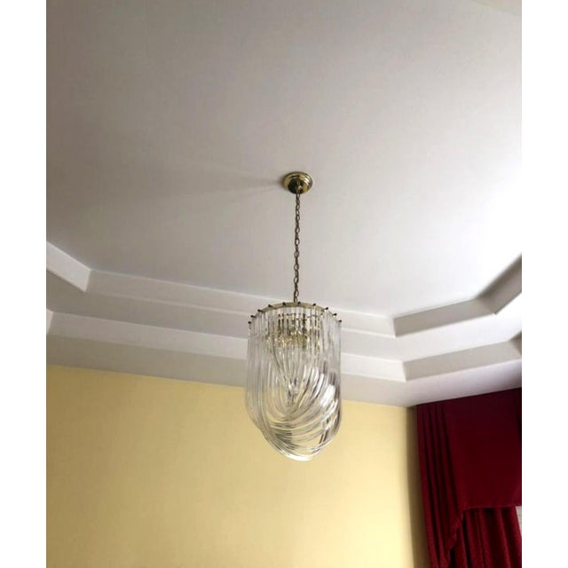 176c31bff541 1960s Vintage Spiral Hollywood Regency Style Lucite Ribbon Chandelier For  Sale. This listing is for a luminously beautiful Spiral Hollywood Regency  ...