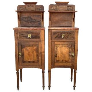 1900s, Art Nouveau Pair of Walnut Nightstands With Crest & Marble Top For Sale