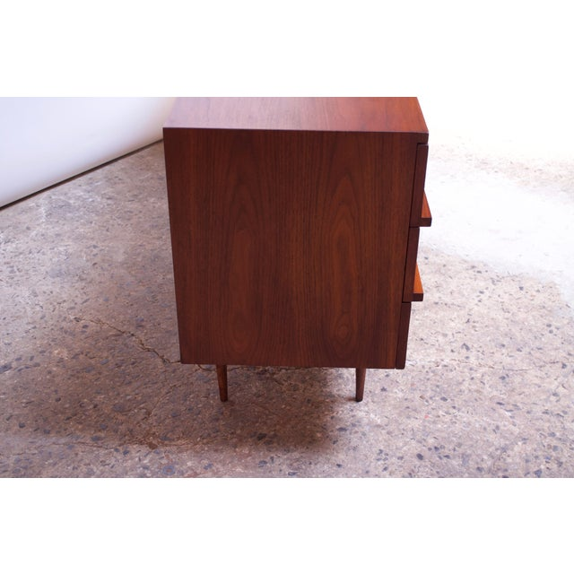 Brown Pair of Mel Smilow Three-Drawer Walnut Chests For Sale - Image 8 of 13