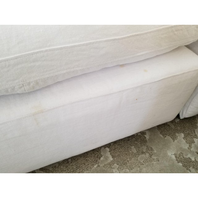 2010s Restoration Hardware Slipcovered Cloud Modular Sofa Sectional in White Linen For Sale - Image 5 of 7