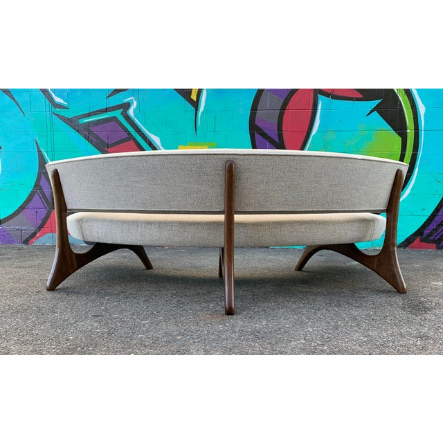 2010s Attributed Vladimir Kagan Floating Curved Sofa For Sale - Image 5 of 7