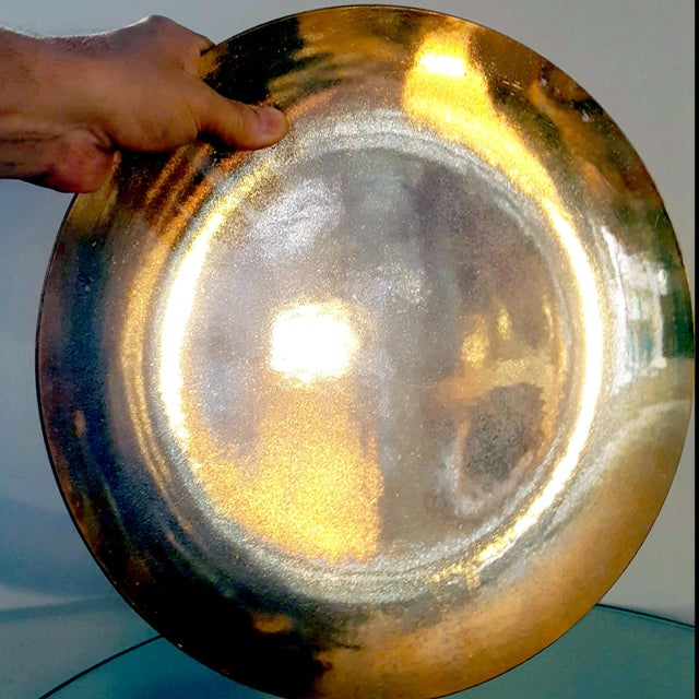 Dorothy Thorpe 1940s Art Deco Gold Lame Reflective Paper-Thin Textured Translucent Glass Decorative Plate For Sale - Image 4 of 8