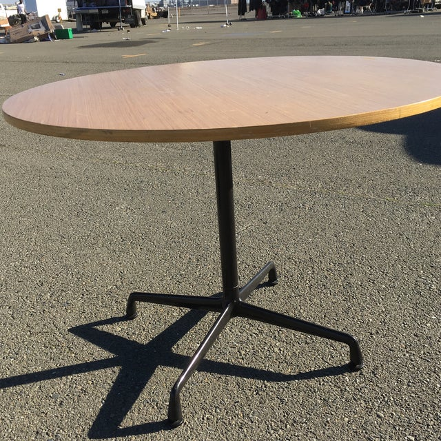 Herman Miller Wooden Round Table For Sale In San Francisco - Image 6 of 10