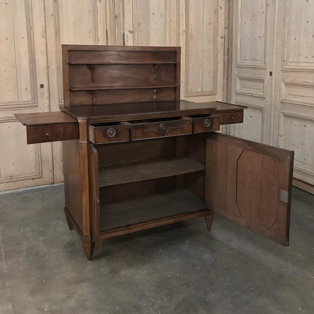 Edwardian 18th Century English Mahogany Pop Up Serving Buffet For Sale - Image 3 of 13