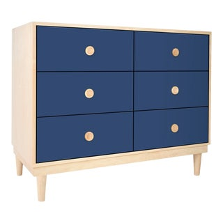 Lukka Modern Kids 6-Drawer Dresser in Maple With Deep Blue Finish For Sale