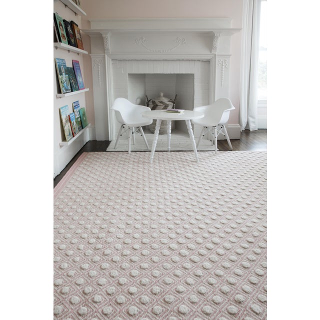 """Erin Gates by Momeni Langdon Windsor Pink Hand Woven Wool Area Rug - 3'9"""" X 5'9"""" For Sale In Atlanta - Image 6 of 7"""