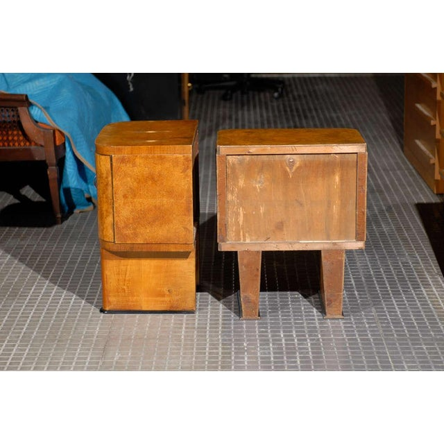 Early 20th Century Exquisite Restored Pair Of Art Deco Small Cabinets In Walnut For Sale - Image 5 of 10