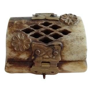 Vintage Camel Bone Miniature Trinket Box For Sale