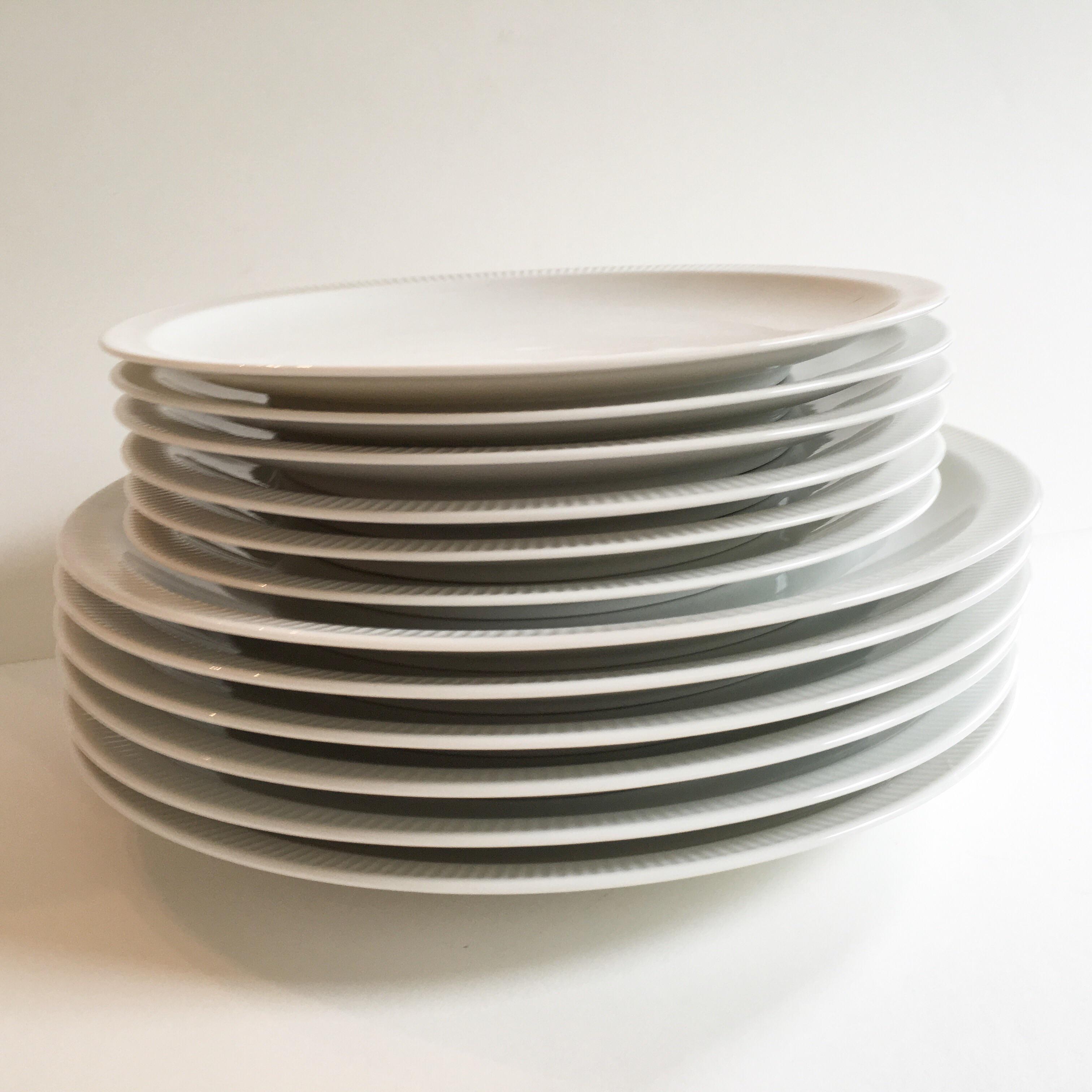 Mid-Century Arzberg \u0027Athena\u0027 Plates - Set of 12 - Image ... & Mid-Century Arzberg \u0027Athena\u0027 Plates - Set of 12 | Chairish