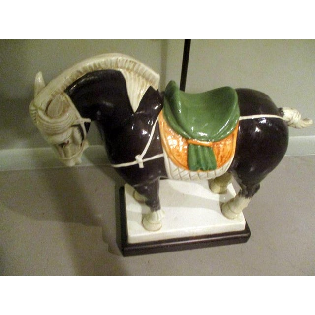 Vintage Chinese Tang Style Ceramic Horse Table Lamp For Sale - Image 4 of 10