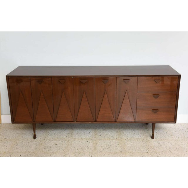 Italian Italian Modern Walnut Sideboard or Buffet or Credenza in the Style of Gio Ponti For Sale - Image 3 of 9