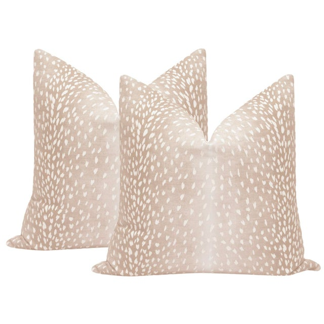 """2010s 22"""" Blush Antelope Linen Print Pillows - a Pair For Sale - Image 5 of 5"""