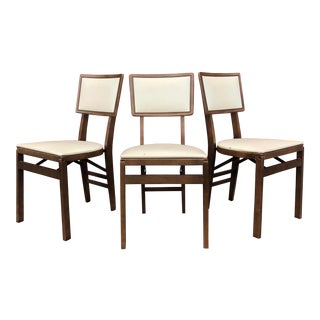 Mid Century Modern Stakmore White Vinyl Folding Chairs - Set of 3 For Sale