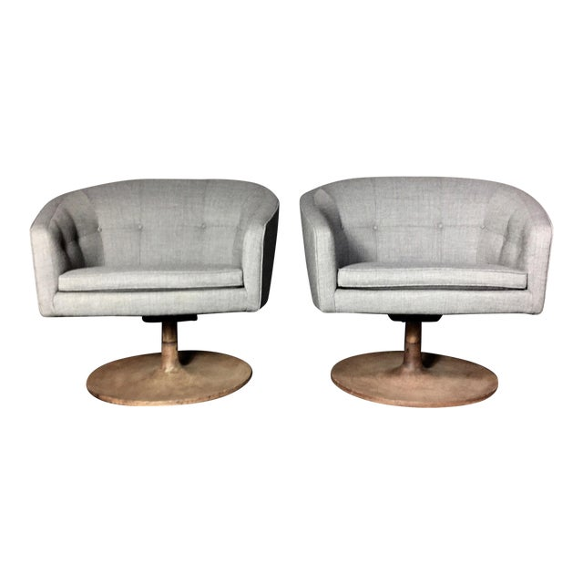 Pair 1960s Jens Risom Barrel-Back Swivel Chairs For Sale