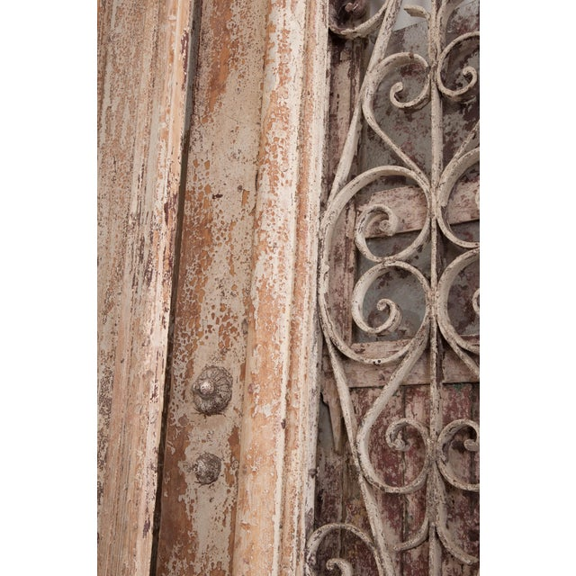 1900 - 1909 Tall Pair of French Napoleon III-Style Early-20th Century Painted Pine and Wrought-Iron Exterior Entrance Doors For Sale - Image 5 of 11