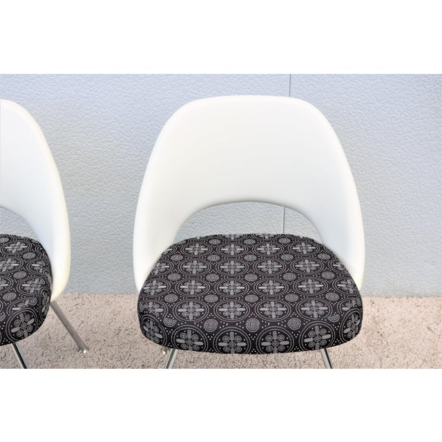 2010s Mid-Century Modern Eero Saarinen for Knoll Executive Armless Chairs - a Pair For Sale - Image 5 of 13