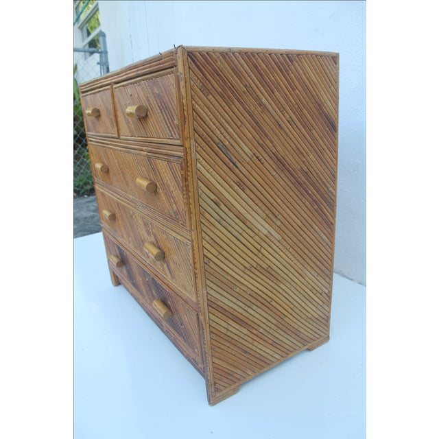 Vintage Pencil Reed & Rattan 5 Drawer Chest - Image 4 of 11