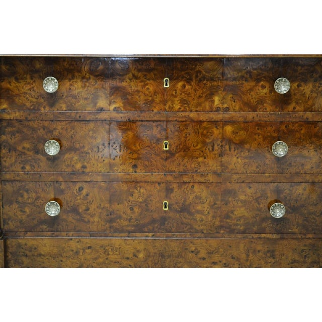 Restauration Period Burl Elm 4 Drawer Commode For Sale - Image 4 of 7