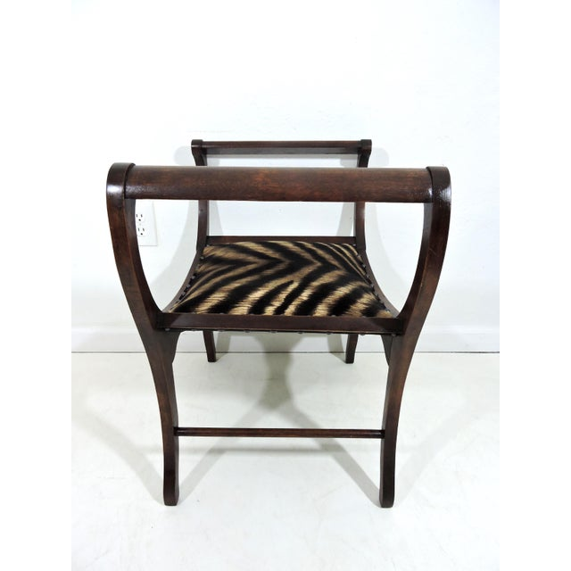American Classical Antique Upholstered 'Animal Print' Mahogany Window Seat or Bench (Victorian) For Sale - Image 3 of 6