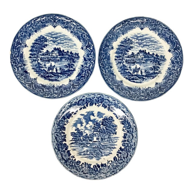 1960s Boho Chic Staffordshire Style Sandwich Plates - Set of 3 For Sale