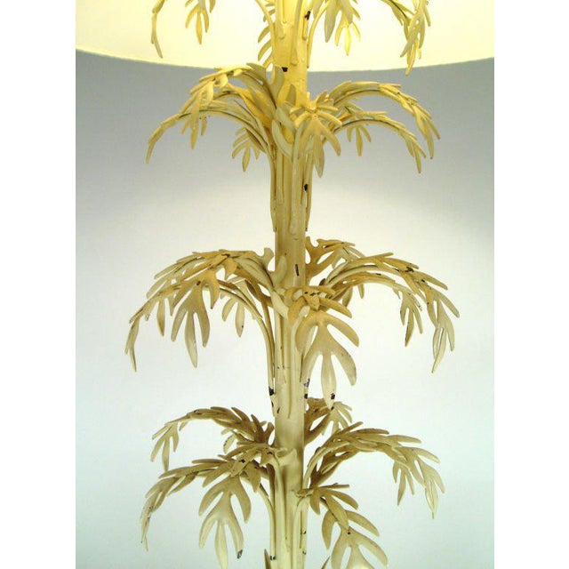 Mid-Century Palm Leaf Table Lamp For Sale - Image 4 of 7