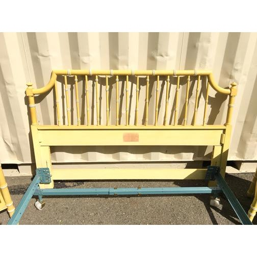 Vintage Hollywood Regency Faux Bamboo Queen Bedframe - Image 4 of 7