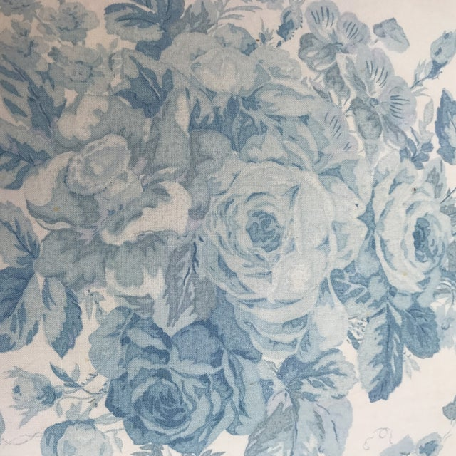 """Ralph Lauren """"Faded Bouquet"""" Blue & White Floral Pillows~Pair For Sale In Los Angeles - Image 6 of 11"""