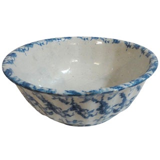 Large 19th Century Spongeware Fluted Fruit Bowl For Sale