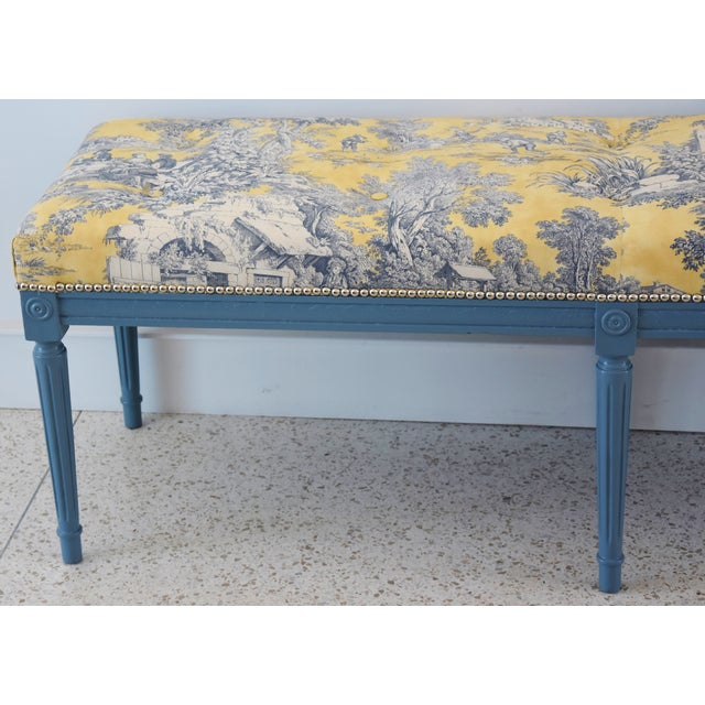Cottage French-Style Yellow, White & Blue-Gray Toile Bench For Sale - Image 3 of 13