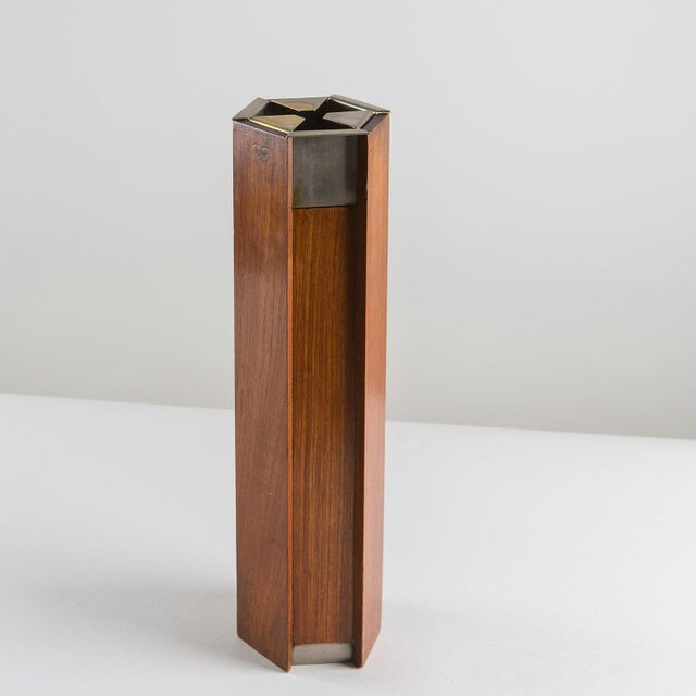 Wood and metal floor ashtray by Ico Parisi for Stildomus.