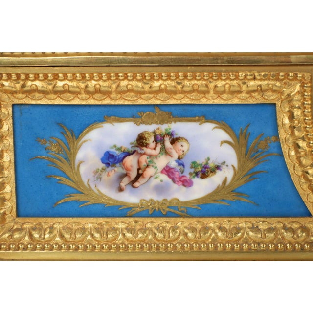 Gilt Bronze & Porcelain Mantel Clock - Image 8 of 11