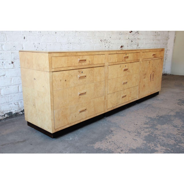 Mid-Century Modern Burl Wood Long Credenza or Bar Cabinet by Henredon For Sale - Image 3 of 13