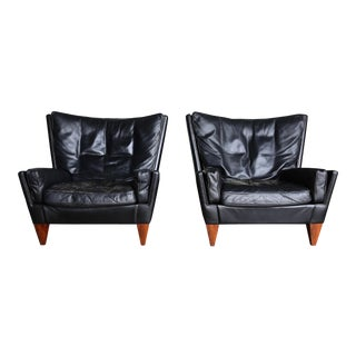 1960s Illum Wikkelsø Pyramid Chairs for Holger Christiansen-a Pair For Sale